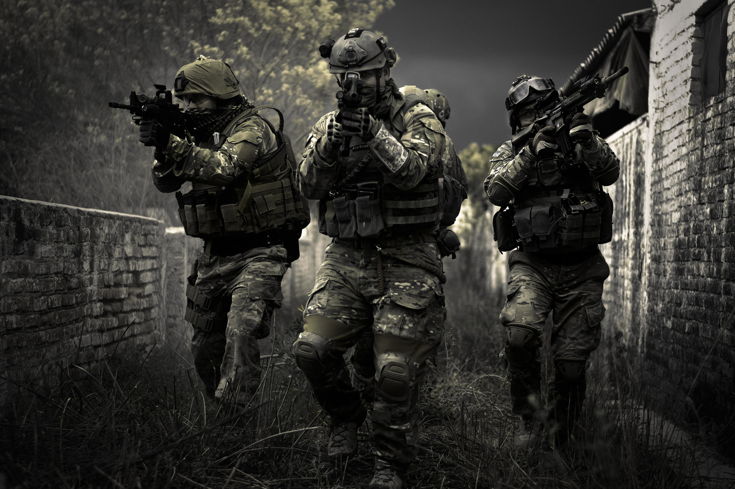 163990769-airsoft-wallpapers
